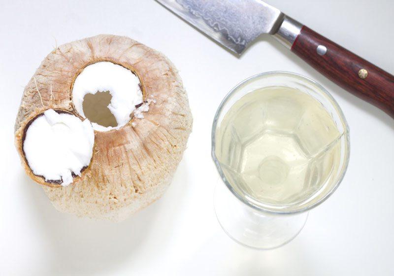hvordan aapne kokosnott