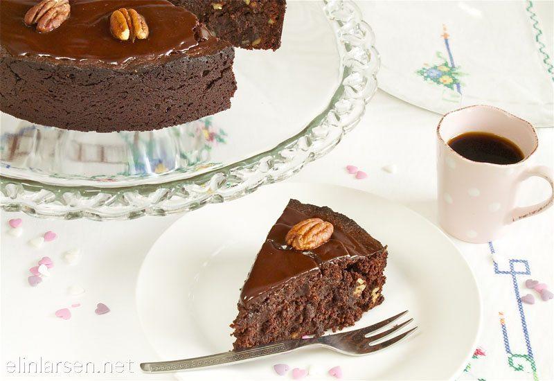 Saftig sjokoladekake med pekannøtter