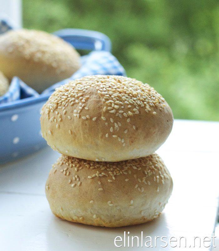 Luftige hamburgerbrød