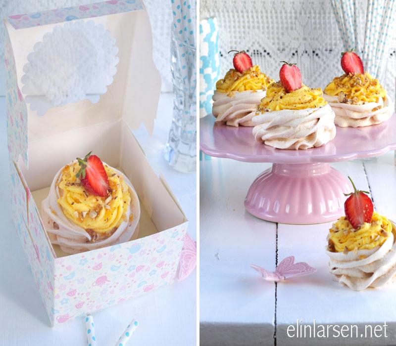 Minipavlova med lemonfrosting, jordbær og krokanstrøssel