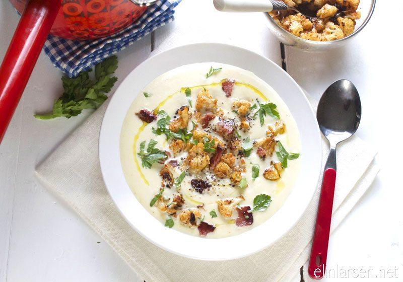Blomkaal- og fennikelsuppe med purre, stekt bacon og ovnsbakte  blomkaalbuketter