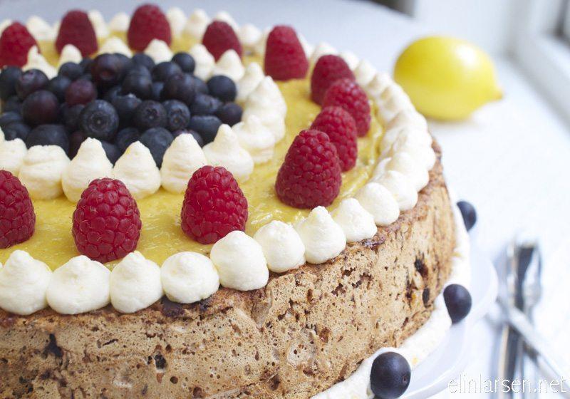 Hasselnott- og sjokoladekake med sitronkrem