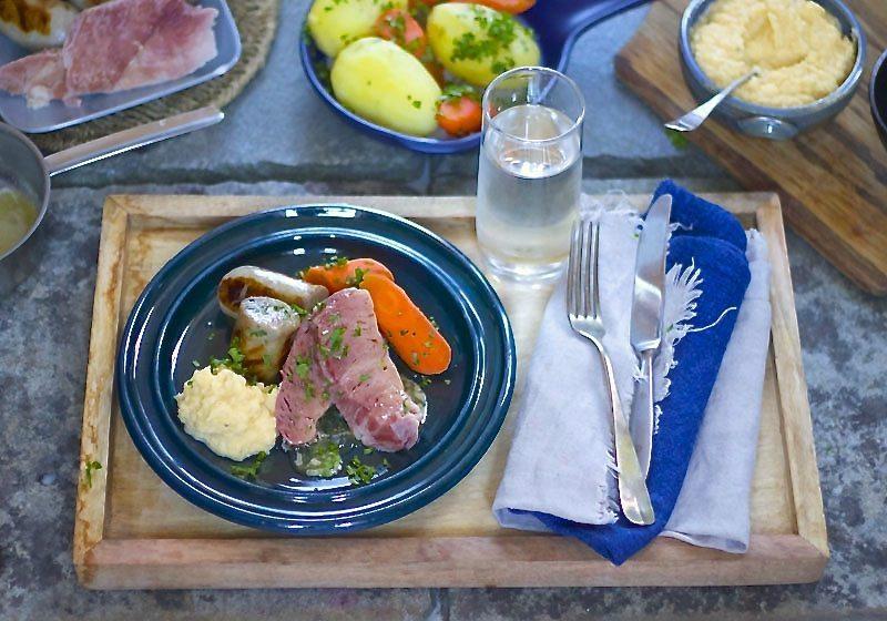Feittirsdag saltkjott og kaalstappe