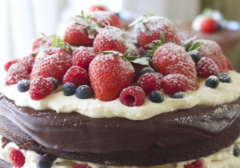 Kaken skal ha en bue paa toppen- dryss over melis tilslutt